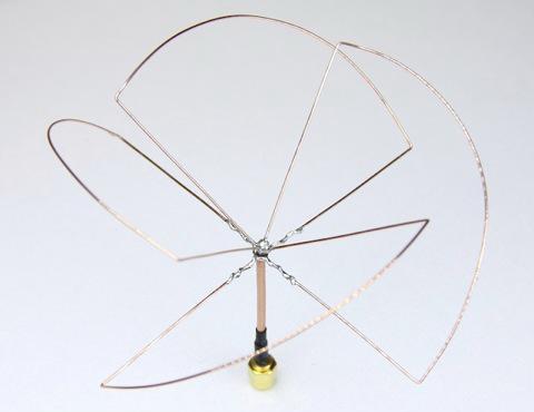 Skew Planar Wheel anténa
