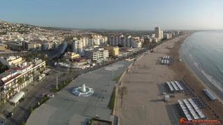 Avinguda Papa de Luna and Northern Beach